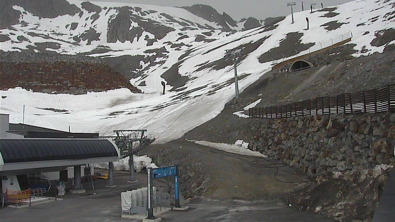 Tiefenbach Glacier - 2,812 m
