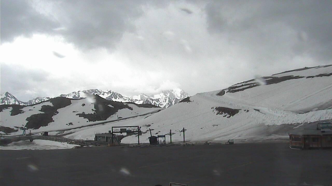 Tiefenbach Glacier - 2,800 m